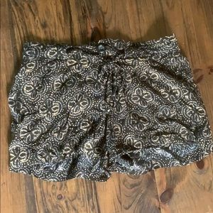Sanctuary Brown Patterned Shorts